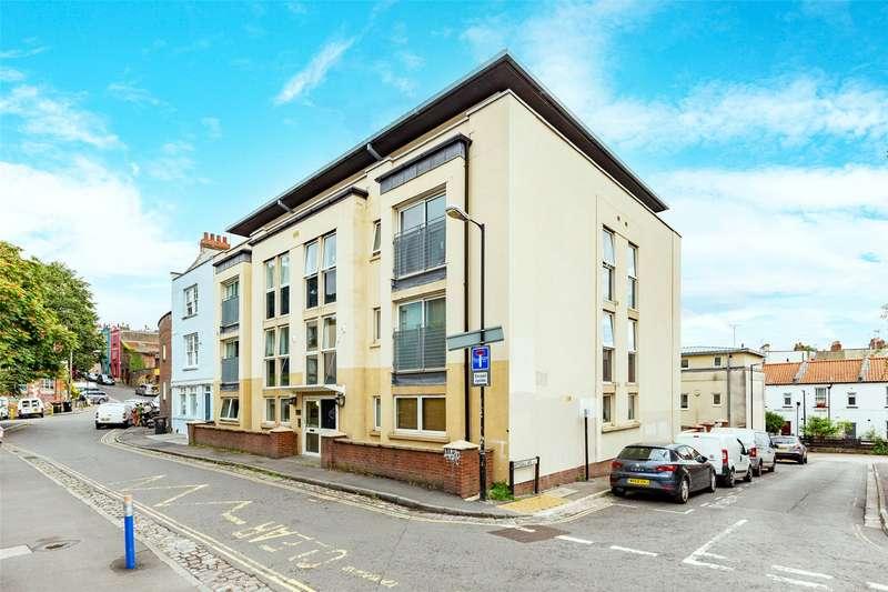 2 Bedrooms Property for sale in Bath Buildings, Montpelier, Bristol BS6