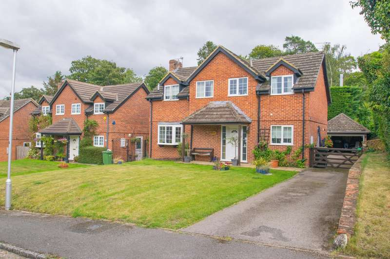 4 Bedrooms Detached House for sale in Penny Piece, Goring, Reading, RG8