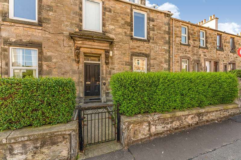 3 Bedrooms Apartment Flat for sale in Dunnikier Road, Kirkcaldy, Fife, KY1