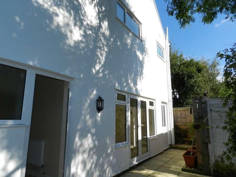 2 Bedrooms Property for sale in Duke Street, Fairview, Cheltenham GL52