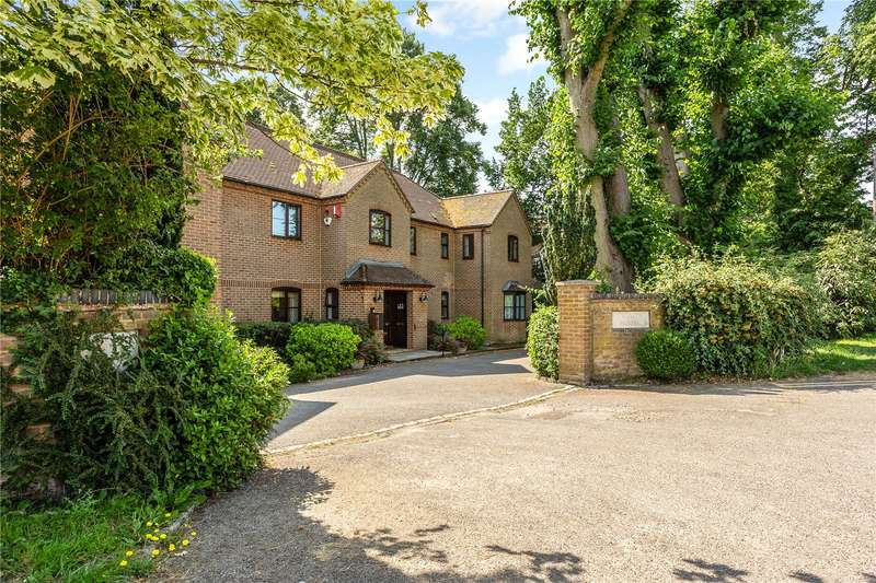 2 Bedrooms Flat for sale in Trinity House, Maidenhead Road, Cookham, Maidenhead, SL6