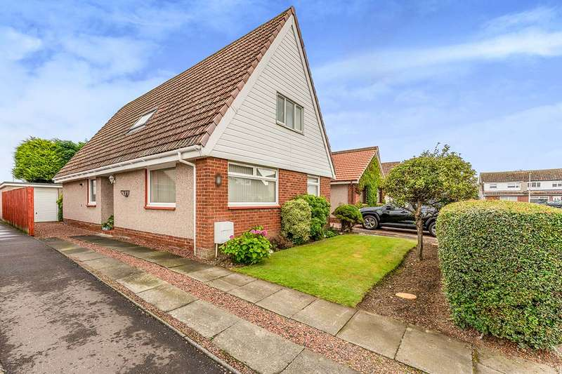5 Bedrooms Detached House for sale in Greycraigs, Cairneyhill, KY12