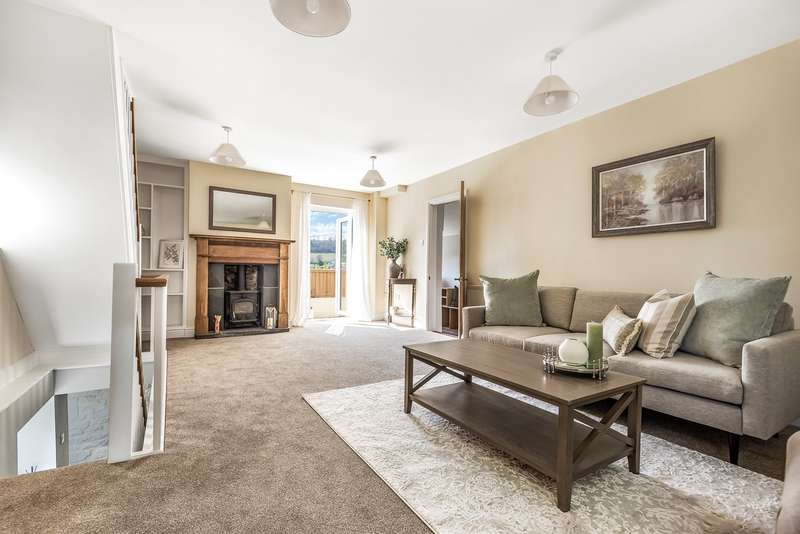 4 Bedrooms Detached House for sale in 35 Lower Street, Stroud, GL5
