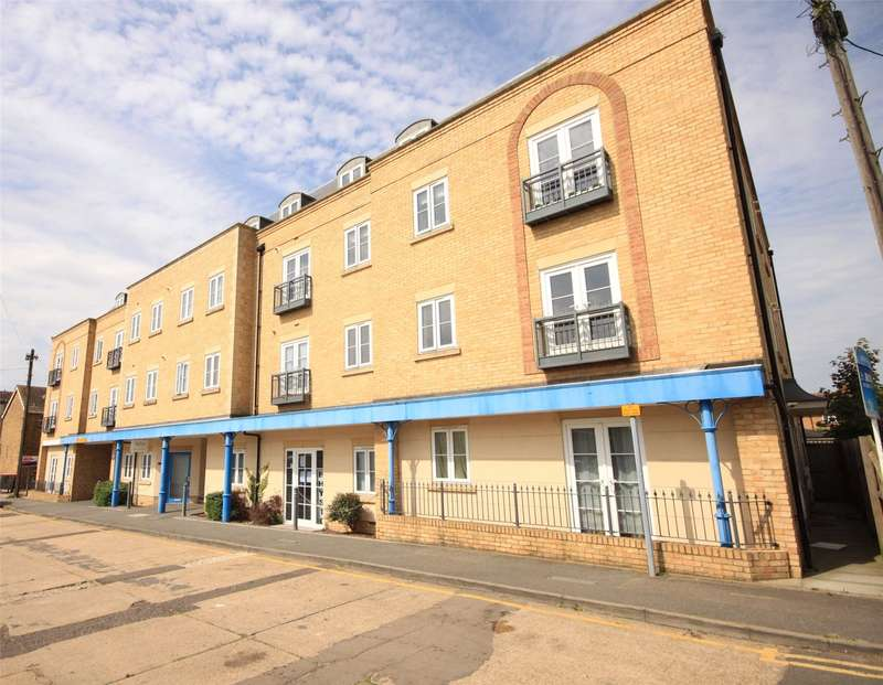 1 Bedroom Apartment Flat for sale in The Forge, Woodlands Road, Wickford, SS12