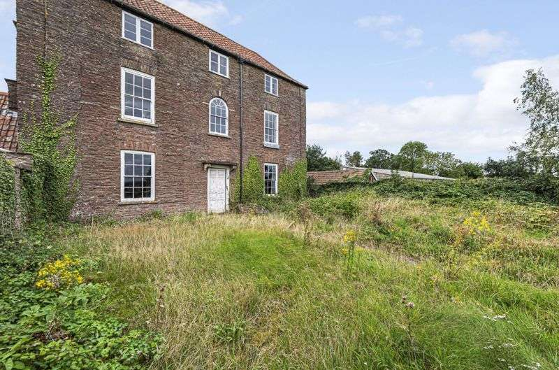 4 Bedrooms Property for sale in Mays Hill, Frampton Cotterell