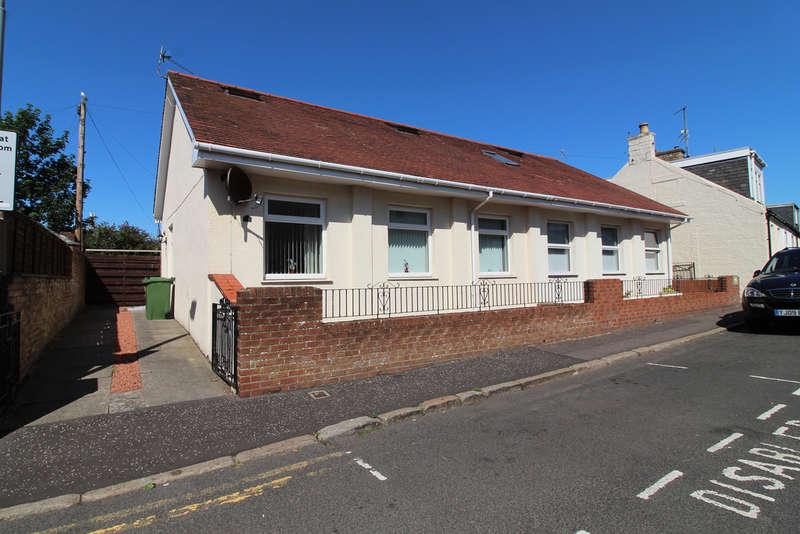 2 Bedrooms Semi Detached Bungalow for sale in Gardiner Street, Prestwick, KA9
