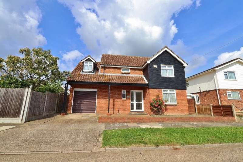 4 Bedrooms Detached House for sale in Merlin Road, Romford, Rm5