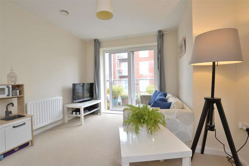 2 Bedrooms Flat for sale in Eighteen Acre Drive, Charlton Hayes, Bristol, BS34