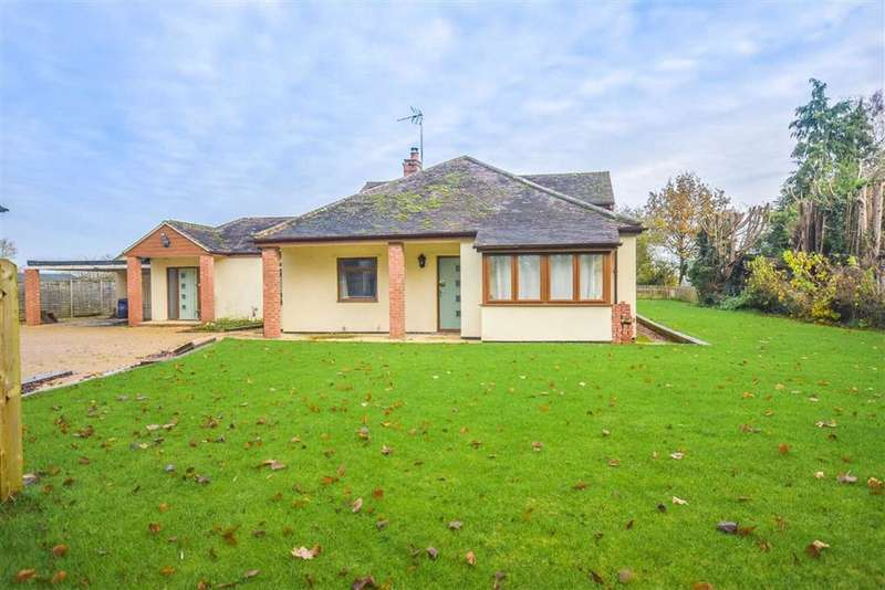 4 Bedrooms Detached House for sale in The Perry Way, Frampton On Severn, GL2