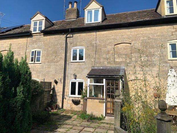 2 Bedrooms Terraced House for sale in Peter Street, Frocester, Stonehouse