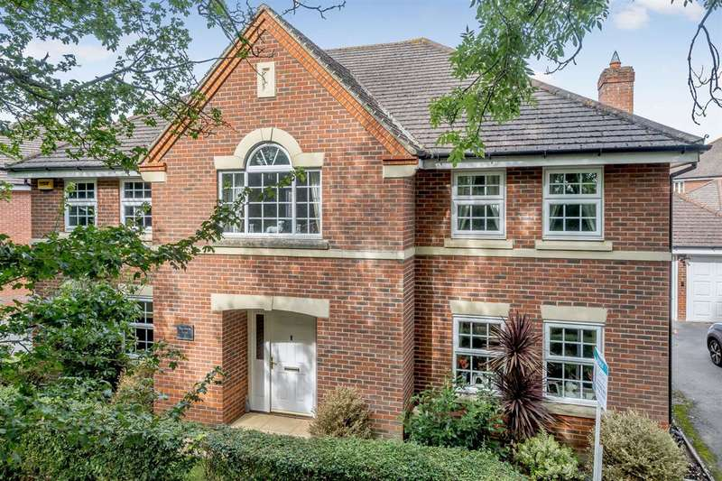 5 Bedrooms Detached House for sale in Plus Additional Self Contained Annex - Shinfield