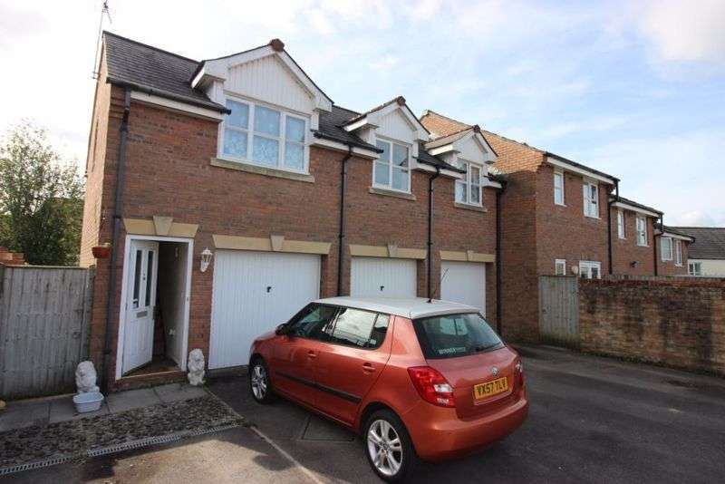 2 Bedrooms Property for rent in Listers Place, Cinderford