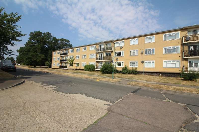 1 Bedroom Apartment Flat for rent in Tanys Dell, Harlow