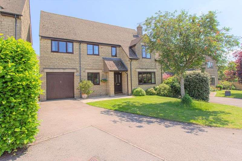 5 Bedrooms Property for sale in Springfields, Tetbury