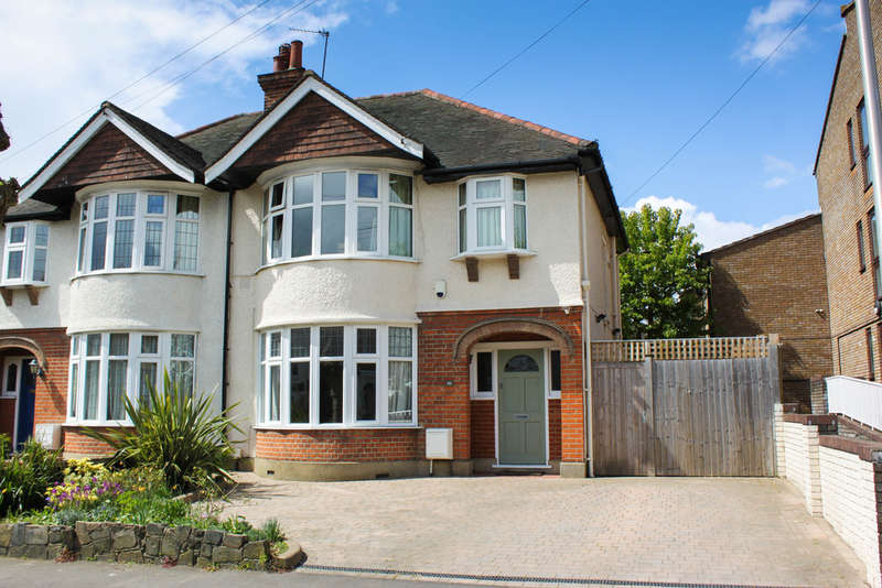 3 Bedrooms Semi Detached House for sale in Trevor Road, Woodford Green