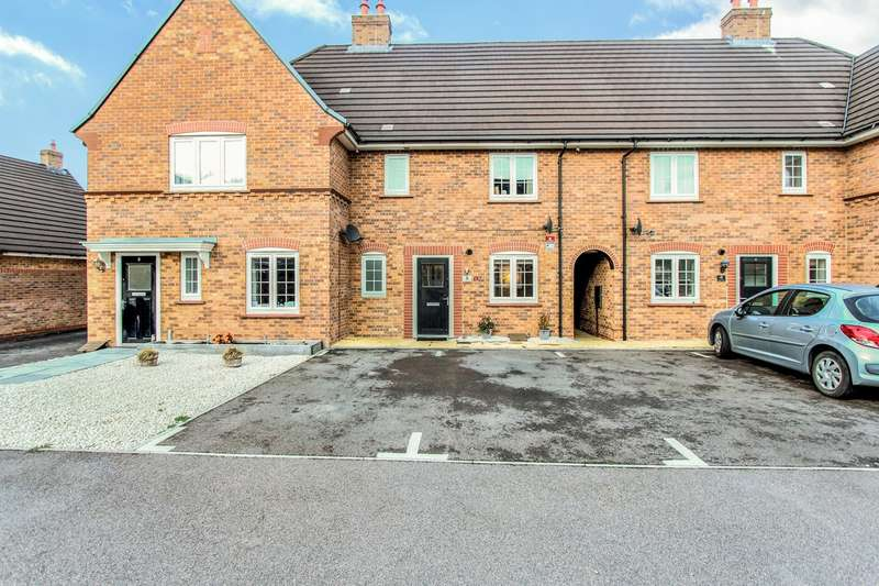 3 Bedrooms Terraced House for sale in Forder Close, Stewartby, Bedford, MK43