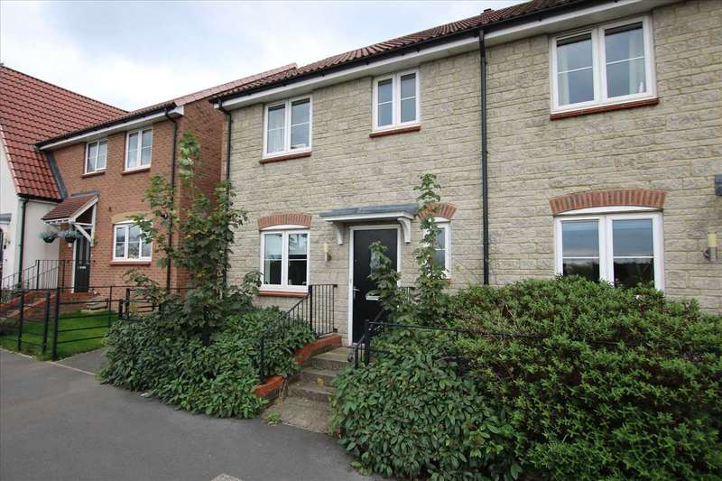 3 Bedrooms Semi Detached House for sale in Westerleigh Road Yate, Bristol
