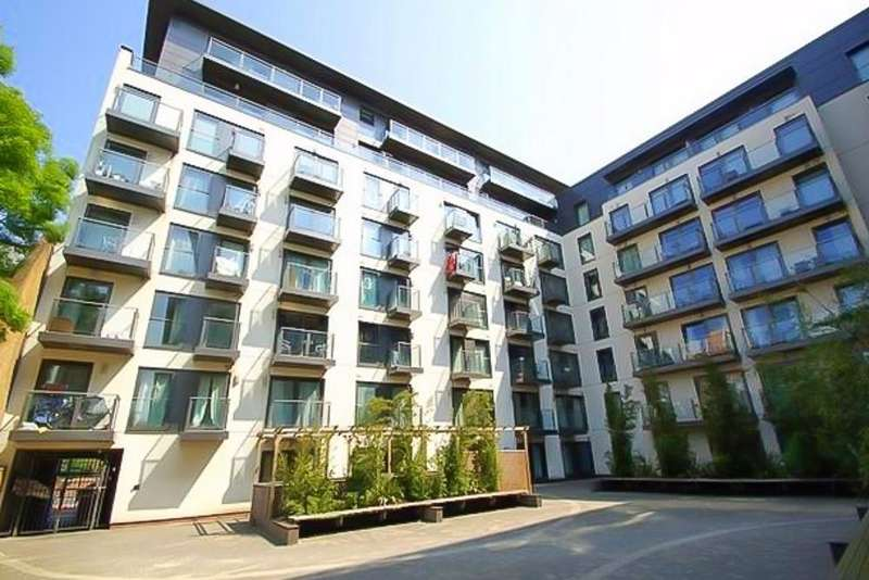 1 Bedroom Flat for sale in 26 High Street, Slough, Berkshire SL1
