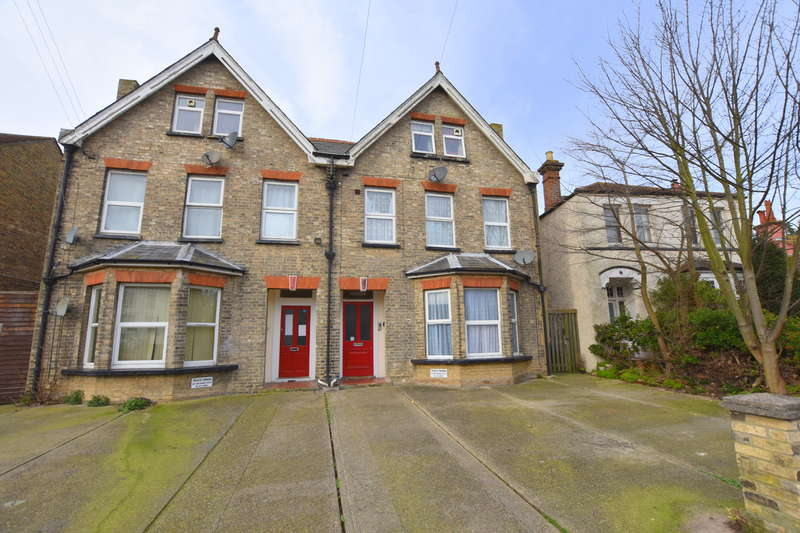 1 Bedroom Apartment Flat for rent in Hayes Road, Clacton-on-Sea