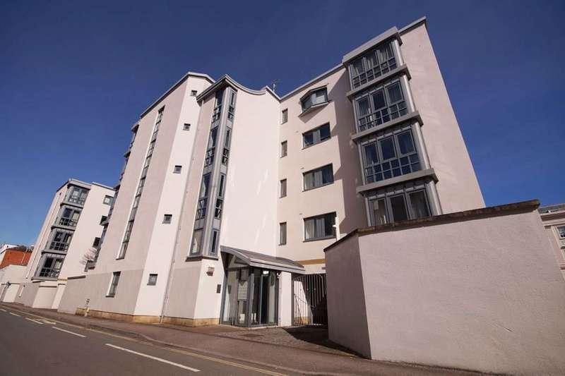 2 Bedrooms Flat for rent in Imperial Lane GL50 1PR