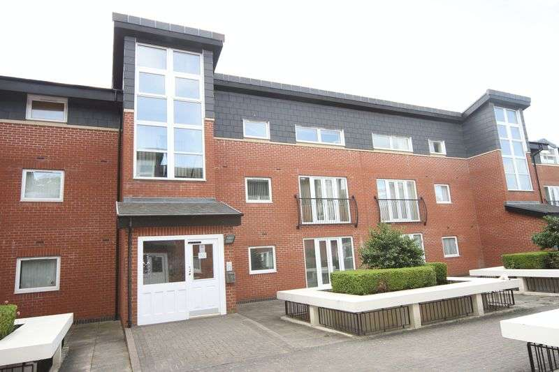 1 Bedroom Property for sale in 21 High Point House, Lodge Road, Bristol