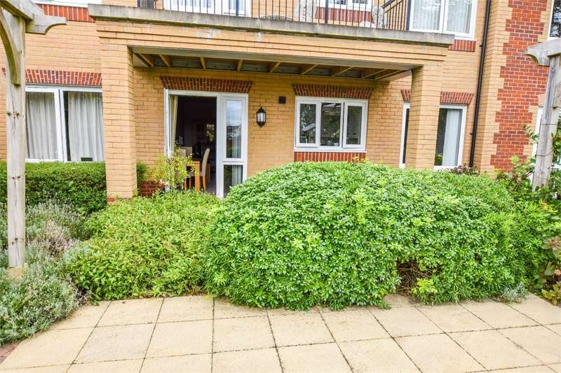 1 Bedroom Retirement Property for sale in Christ Church Close, Nailsea, Bristol, North Somerset
