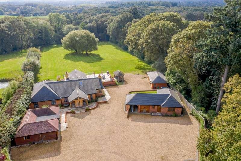 4 Bedrooms Detached House for sale in Inhurst Lane, Baughurst, Tadley, Hampshire