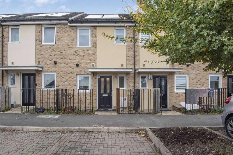 2 Bedrooms Terraced House for sale in Deveron Drive, Tilehurst, Reading, RG30