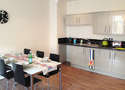 5 Bedrooms Flat Share