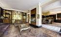 7 Bedrooms Villa House