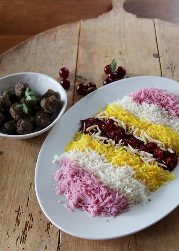 Rezept Albaloo Polo - Bunter Sauerkirschreis mit Lamm-Hackbällchen