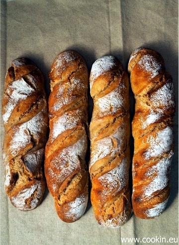 Rezept Altbrotstangen-Variationen mit Weizen- und Roggensauerteig