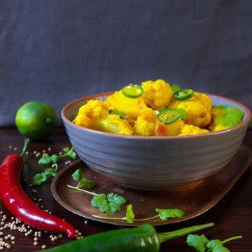 Rezept Alu Gobi {Blumenkohl-Kartoffel-Curry}