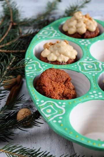 Rezept Amaretto Cupcakes mit Knusperboden und Cappuccino-Creme