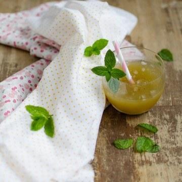 Rezept Ananas-Julep mit Minzzucker