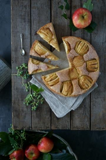 Rezept Apfel-Haselnusskuchen mit Zucker-Zimt-Kruste