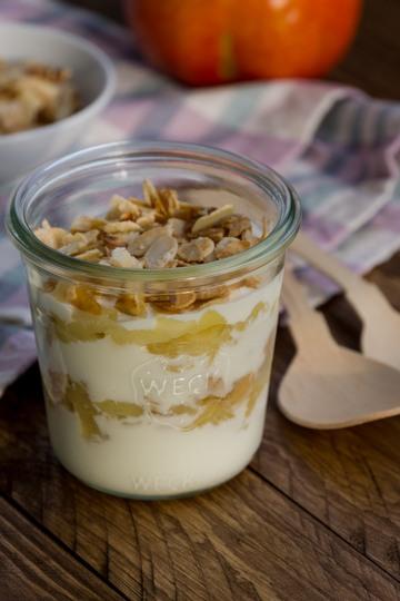 Rezept Apfel-Joghurt-Schichtdessert mit Mandelblättchen