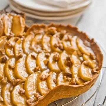 Rezept Apfel-Karamell-Tarte mit gebrannten Mandelsplittern