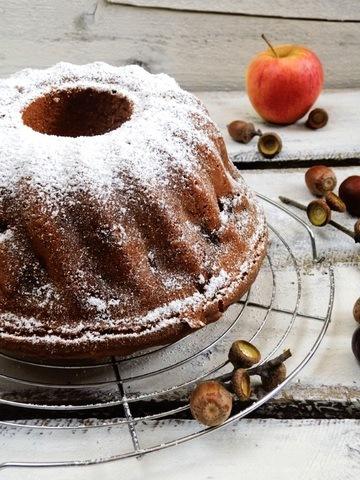 Rezept Apfel-Kardamon-Gugelhupf mit Zimt