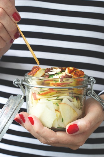 Rezept Apfel-Kohlrabi-Salat mit Halloumi
