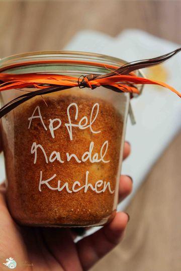 Rezept Apfel-Mandel-Kuchen im Glas