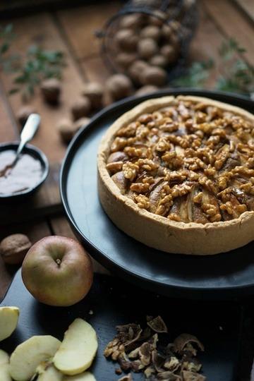 Rezept Apfel-Walnusskuchen mit karamellsierten Nüssen