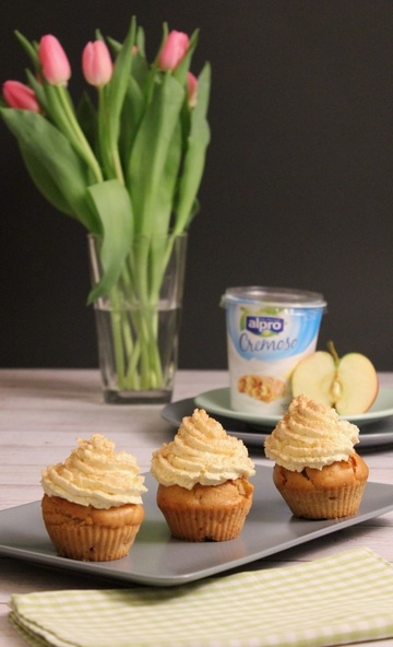 Rezept Apfel-Zimt-Cupcakes mit Apfelstrudel-Topping
