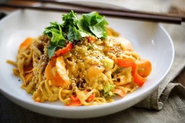 Rezept Asiatische Nudeln mit Erdnusssoße