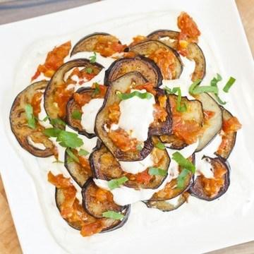 Rezept Auberginen mit Tomatensugo und Crème fraîche