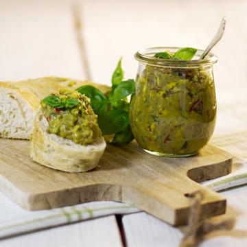 Rezept Avocado-Chili-Mais Aufstrich, mit ungarischem Pusztakranz