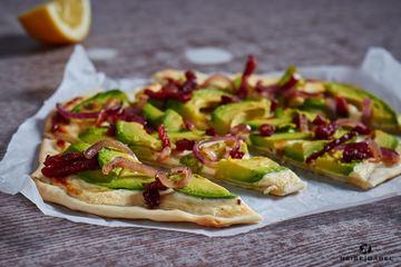 Rezept Avocado Flammkuchen