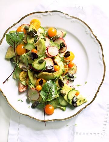 Rezept Avocado-Tomaten-Salat mit Chili-Kürbiskernen