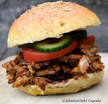 Rezept Babi Ketjap Burger - Konfierter Schweinenacken nach indonesischer Art