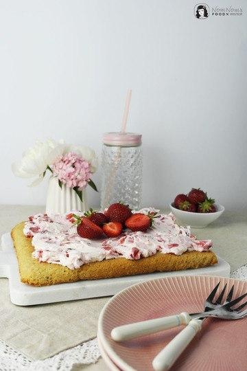 Rezept Bananen-Blondies mit Erdbeer-Frischkäse-Creme